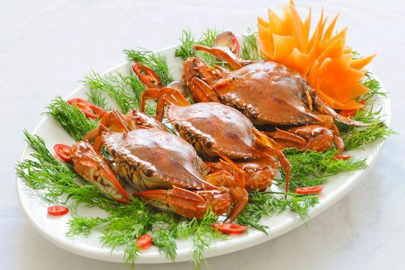 Sức hấp dẫn khó cưỡng của các món từ cua biển khi đặt tiệc tại công ty